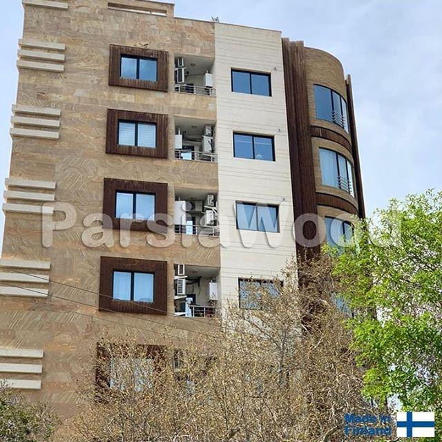 پروژه-نمای-چوبی-ساختمان-در-میدان-آزادی-نمای-سه-رخ-ساختمان